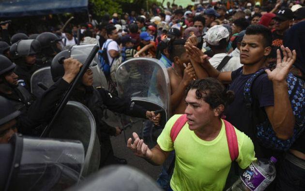 Tres hondureños han muerto en diferentes incidentes desde que comenzaron las caravanas. Foto: AFP