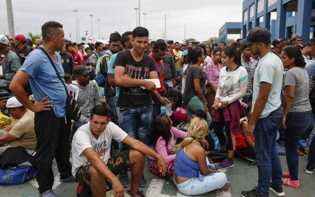 ACNUR indicó que las autoridades peruanas están procesando 1.000 solicitudes de asilo diarias de venezolanos. Foto: AFP
