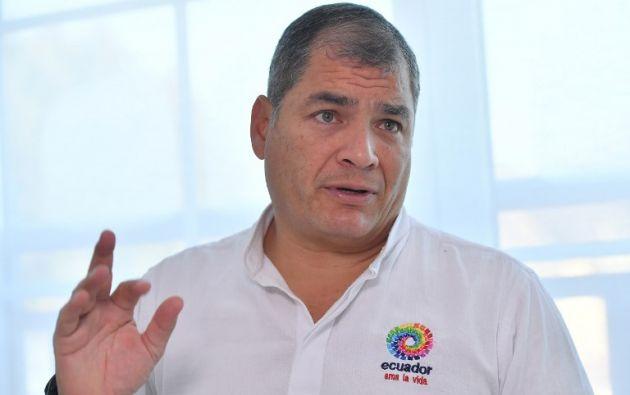 """""""Lo sigo estudiando, utilizaré todos los derechos que tengo para defenderme y a mi familia"""", aseguró Correa. Foto: AFP"""