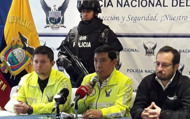 QUITO, Ecuador.- Policía informó que se detuvo al hombre tras el allanamiento a un hostal. Foto: Twitter Policía Nacional.