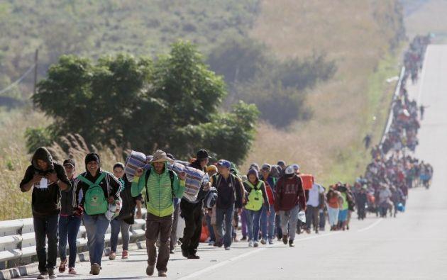 En su trayecto por México, la caravana llegó a sumar 7.000 integrantes según la ONU, pero muchos han claudicado en el camino. Foto: AFP