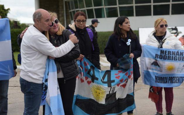 Desde hace un año, la mayor parte de los familiares de los marinos se encontraba a la espera de noticias en Mar del Plata. Foto: AFP