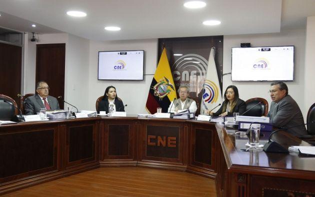 QUITO, Ecuador.- Este martes, serán posesionados los miembros del Consejo Nacional Electoral definitivo. Foto: Twitter CNE