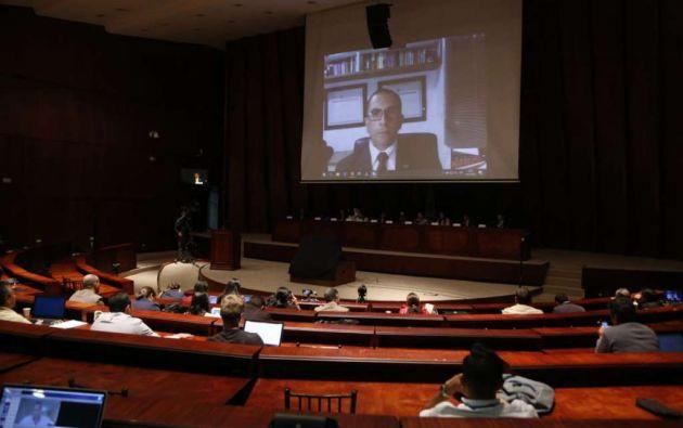 QUITO, Ecuador.- Roberto Meza regresará al país junto con dos expertos para colaborar con investigación fiscal. Foto: Archivo
