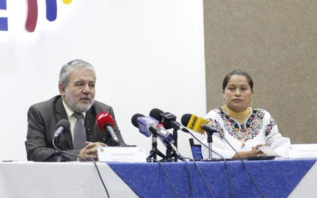 """Esthela Acero aclaró que dejó la reunión porque habría """"acuerdos desde afuera"""". Foto: Twitter CNE"""