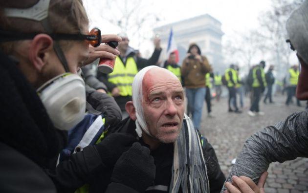 """Incidentes y disturbios en movilización de """"chalecos amarillos"""" en París. Foto: AFP"""