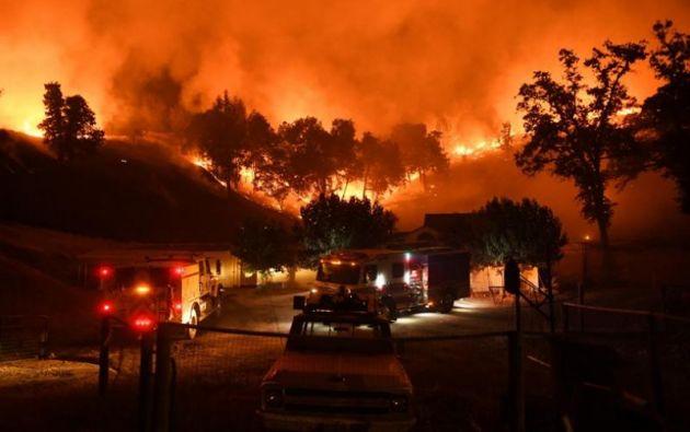 Autoridades dan por controlado incendio de California que se cobró 85 vidas. Foto: AFP