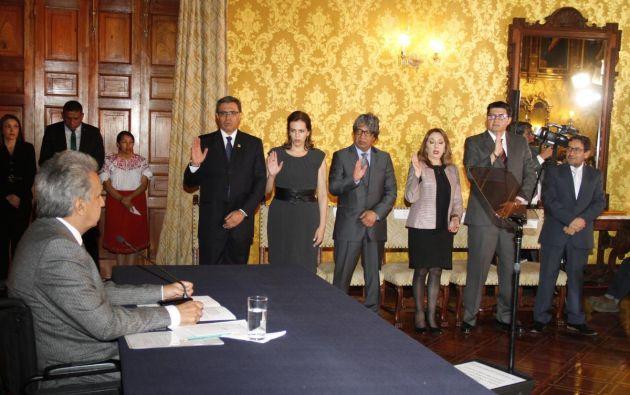 Los nuevos cargos tomaron hoy posesión en un evento celebrado en el Palacio de Carondelet. Foto: Twitter @ComunicacionEc