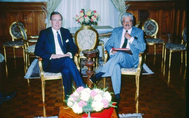 Carondelet. Marzo 1987. George Bush y León Febres Cordero.