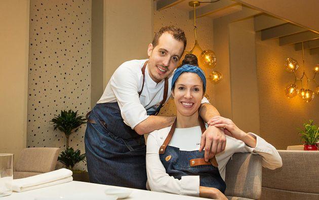 Iñaki y Carolina, en su restaurante ubicado en Logroño, España. Tienen este negocio desde hace 1 año y 7 meses. Fotos: Cortesía