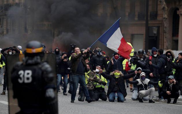 """Revuelta de los """"chalecos amarillos"""" en Francia. Foto: Reuters"""