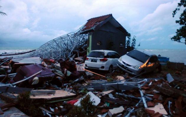 Al menos 222 fallecidos por un tsunami en Indonesia. Foto: AFP