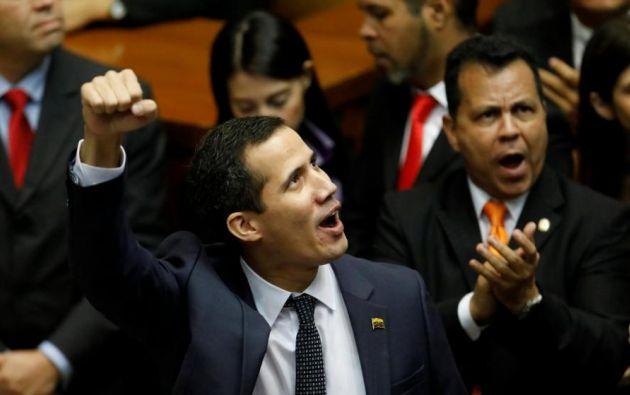 Guaidó pidió el viernes apoyo civil, militar y extranjero para asumir el mando del Gobierno en Venezuela. Foto: Reuters