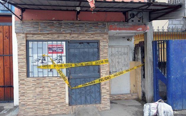 Así luce la parte exterior de la clínica, ahora clausurada. Fotos: José Dimitrakis.