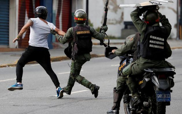 Los disturbios se registran en plena debacle económica en ese país petrolero. Foto: Reuters