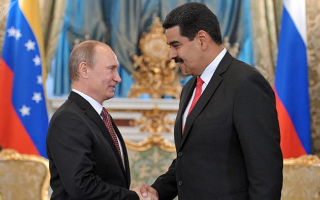 Vladimir Putin y Nicolás Maduro. Foto: AFP