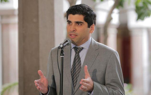 """""""el Gobierno ecuatoriano lo único que espera es que Venezuela encuentre una solución democrática"""", dijo Sonnenholzner. Foto: Vicepresidencia"""