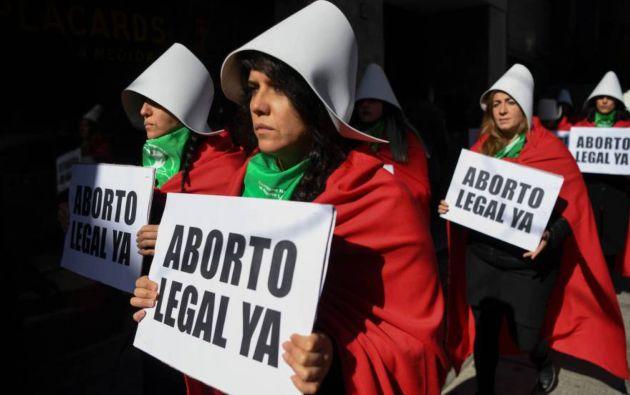 Parte de los países de la región admiten en teoría la interrupción del embarazo en los tres casos de inviabilidad fetal, riesgo de muerte de la madre o violación. Foto: AFP.