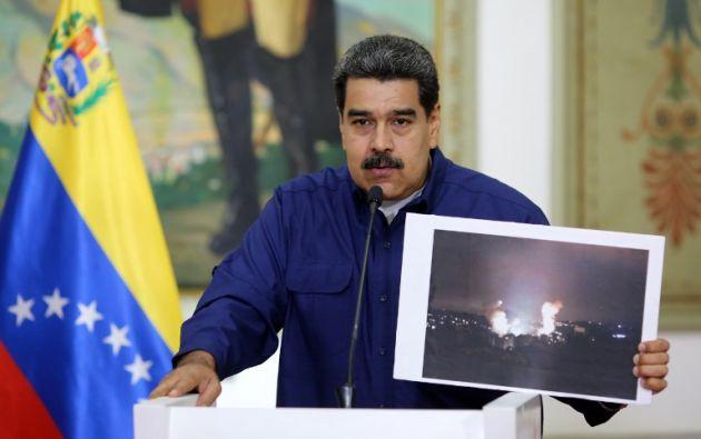 Maduro volvió a extender hasta este martes la suspensión de la jornada laboral y estudiantil que había ordenado el jueves. Foto: AFP