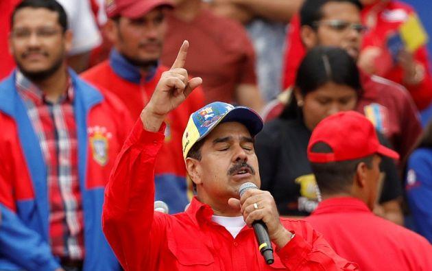 """""""Pido a Dios que meta su mano y cambie el curso de esta conspiración"""", dijo Maduro. Foto: Reuters"""