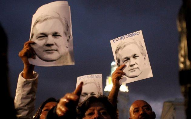 Con esta decisión se mantiene vigente el Protocolo Especial de Visitas, Comunicaciones y Atención Médica, para Assange. Foto: Reuters