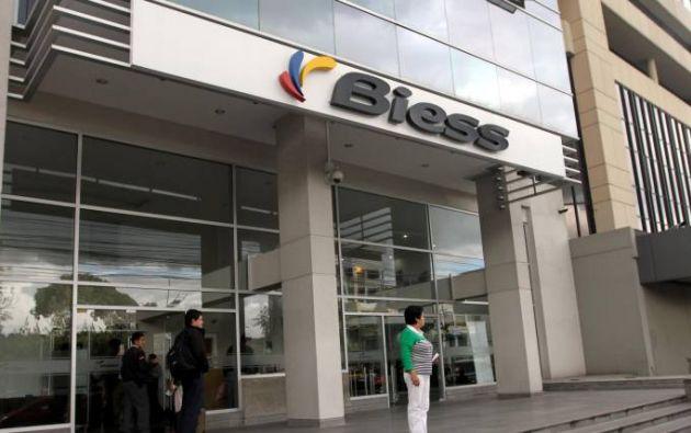 La entidad anunció un programa de refinanciación a usuarios que tengan dificultad de pagos. Foto: Ecuavisa.