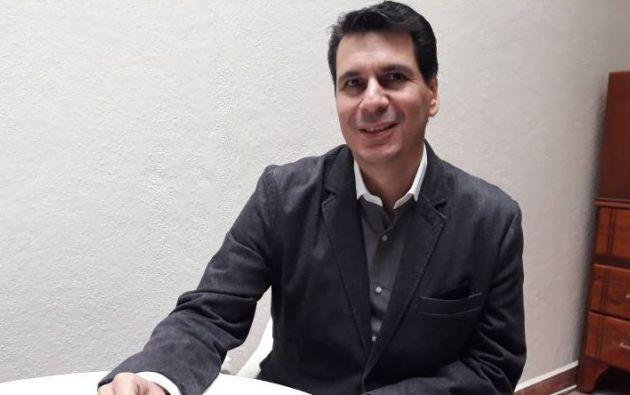 Pedro Palacios tiene 43 años, dos hijos, una larga y exitosa carrera en el mundo empresarial y privado.