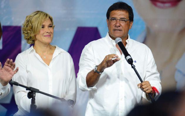 El nuevo prefecto del Guayas por el PSC-Madera de Guerrero, es exconcejal de Guayaquil, periodista y jugador de fútbol. Foto: César Mera.