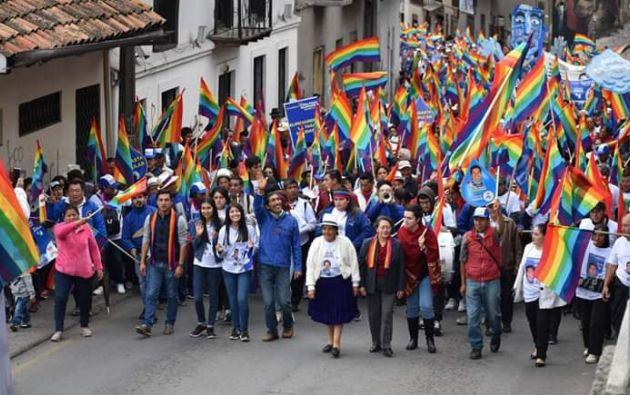 El electo prefecto del Azuay, Yaku Sacha Pérez Guartambel, ha convocado este viernes a una gran fiesta para celebrar la victoria del NO.
