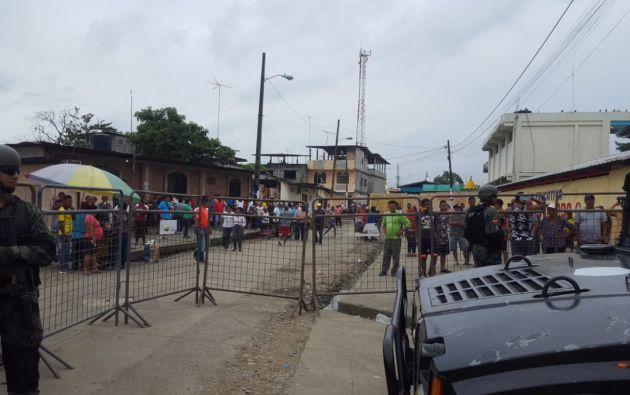 Efectivos de FF.AA. brindaron seguridad para la recuperación del material electoral. Foto: Twitter.