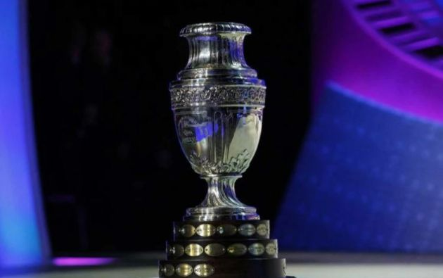 Esta es la primera vez que el torneo de selecciones más antiguo del mundo se disputa simultáneamente en dos países. Foto: AFP.