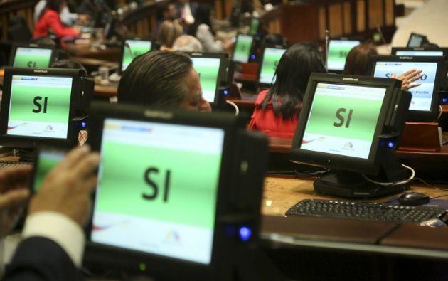 La resolución se aprobó con el voto unánime de los 106 asambleístas presentes en la sala. Foto: Flickr Asamblea