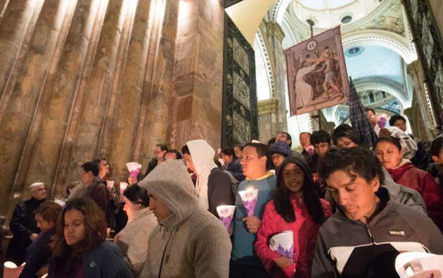 Los fieles católicos de la ciudad siguen varias tradiciones y costumbres en esta época, donde también se registra un incremento de visitantes nacionales y extranjeros.