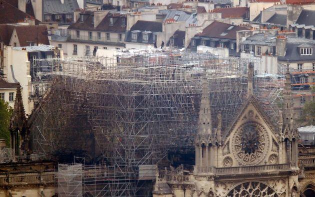 La parte más afectada de Notre Dame tras el incendio fue el techo de la estructura. Foto: Reuters.