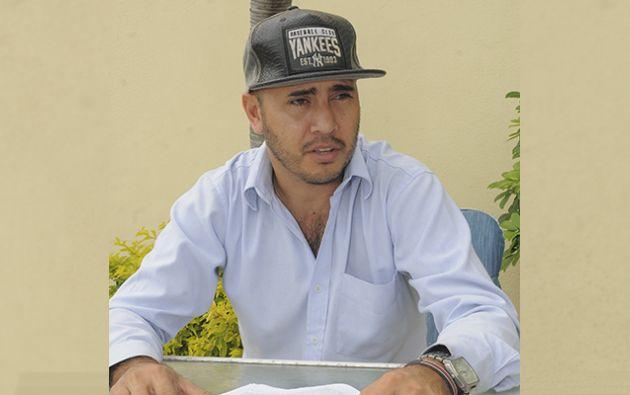 Diego Loaiza Jácome fue uno de los cientos de bomberos que colaboró en Manta para el rescate de muchos atrapados.