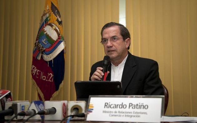 Ricardo Patiño dejó el país la tarde del miércoles 17 de abril, con rumbo a Perú.