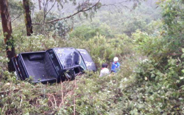 El accidente ocurrió en la antigua vía a Nono, en Pichincha. Foto: Policía Nacional.