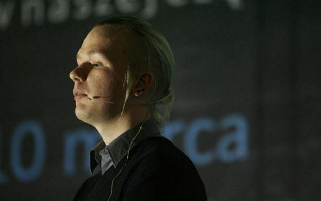 Bini, de 36 años, fue arrestado hace dos semanas -el mismo día que Ecuador suspendió el asilo a Assange en su embajada en Londres-.