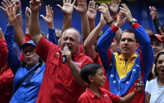 """El también considerado número dos del chavismo añadió que el grupo de militares que acompaña a Guaidó fue """"engañado"""". Foto: AFP"""