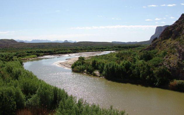 El Río Bravo, en la frontera mexicana, por el que a diario intentan cruzar decenas de migrantes para llegar a Estados Unidos.
