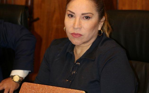 Según Villavicencio, quien daba las órdenes era el expresidente Correa, y que Pamela Martínez solo obedecía.