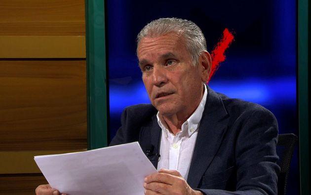Un total de 33 hojas entregó Cuesta a la fiscal del caso Ruth Amoroso, mismas que le llegaron de forma anónima.