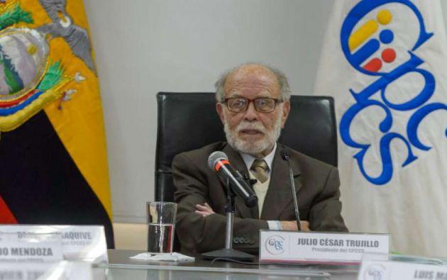 Julio César Trujillo fue ingresado este martes en un hospital de Quito afectado por un crítico problema cerebro vascular.