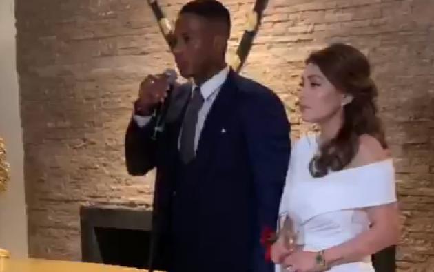 Este jueves 16 de mayo, el futbolista Antonio Valencia se casó con su novia durante varios años, y madre de su hija Doménica, Zoila Meneses, en Puembo.