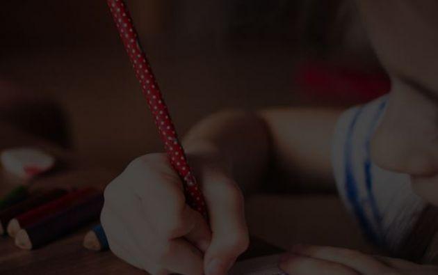 En un diario la víctima escribió los maltratos y la violación perpetrados en ella por su padre. Foto: Pixabay