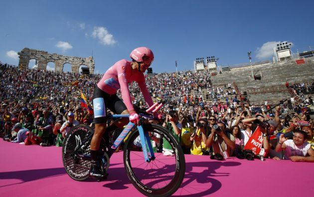 El ciclista ecuatoriano Richard Carapaz ganó el Giro de Italia. Foto: AFP.