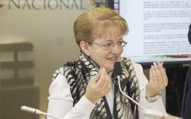 Vallejo fue destituida el 13 de noviembre de 2018 por gestionar cargos públicos.