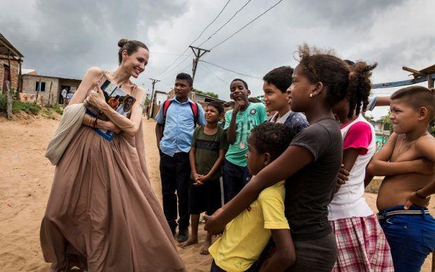 La actriz visitó el viernes el departamento caribeño de La Guajira, fronterizo con Venezuela. Foto: Reuters