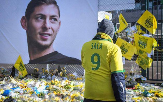 Homenaje de la afición del Nantes a Emiliano Sala. Foto: AFP.