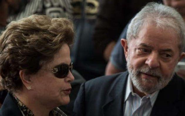 Los expresidentes Luiz Inácio Lula da Silva (2003-2010) y Dilma Rousseff (2011-2016). Foto: AFP